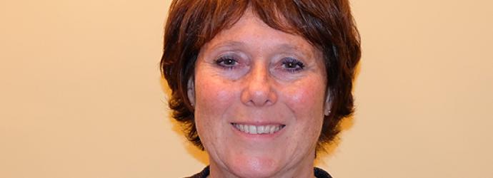 Head shot of Helen Cooper - Trustee